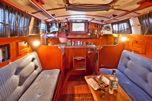 Hallberg Rassy 29 sailing yacht