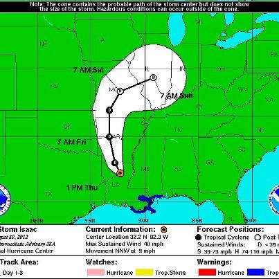 הוריקן אייזיק מעל היבשה ומוגדר כעת כטורנדו