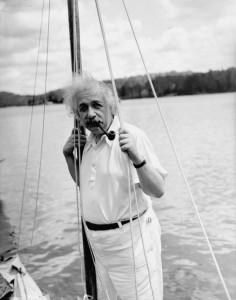 Albert Einstein yacht – היאכטה של אלברט איינשטיין
