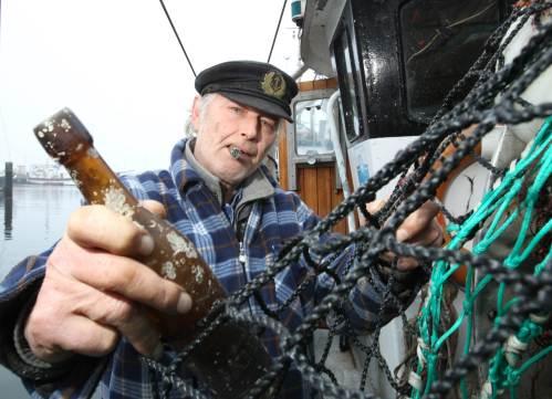 Konrad Fischer 101 years message in a bottle